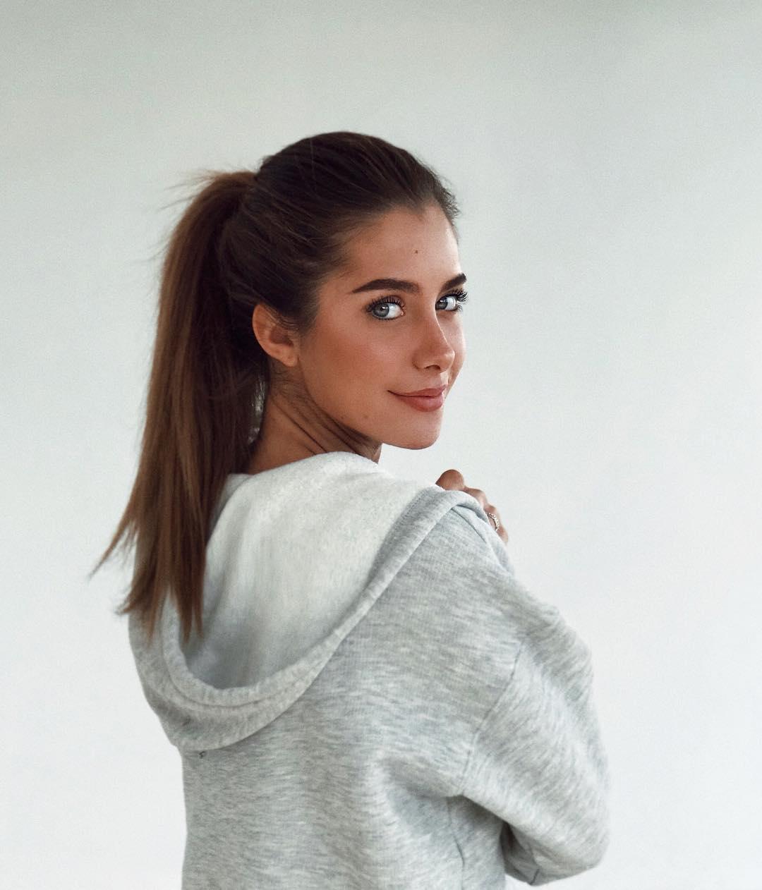 The most beautiful Italian girls   Pretty girls