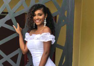 最も美しいトリニダード女児